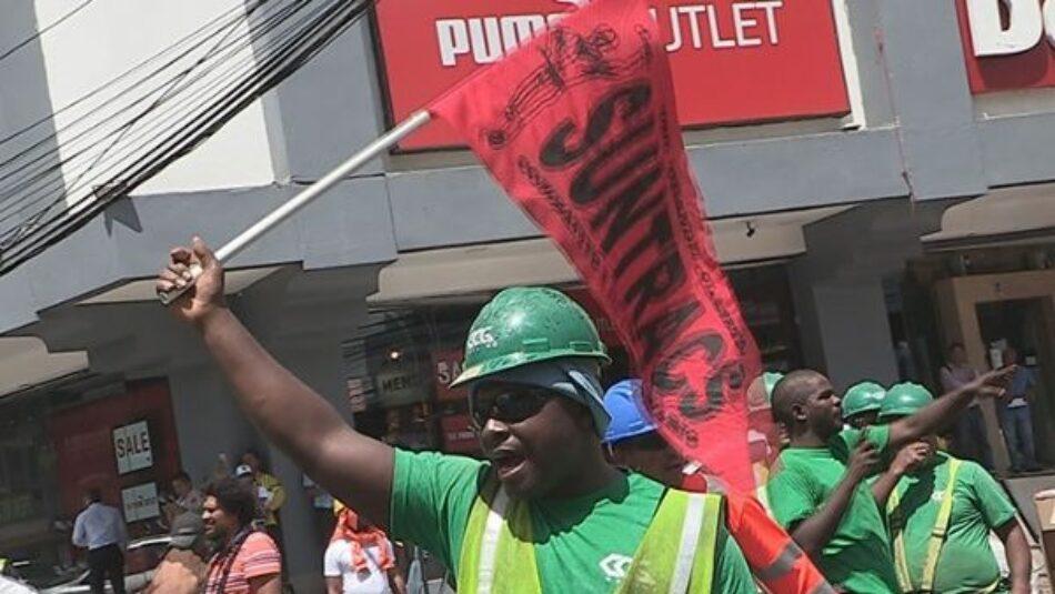 Trabajadores panameños convocan a huelga por aumento salarial