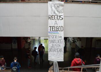 Decenas de estudiantes de telecomunicaciones protestan en la UPV exigiendo recuperaciones de exámenes que pongan fin a las numerosas expulsiones de la escuela
