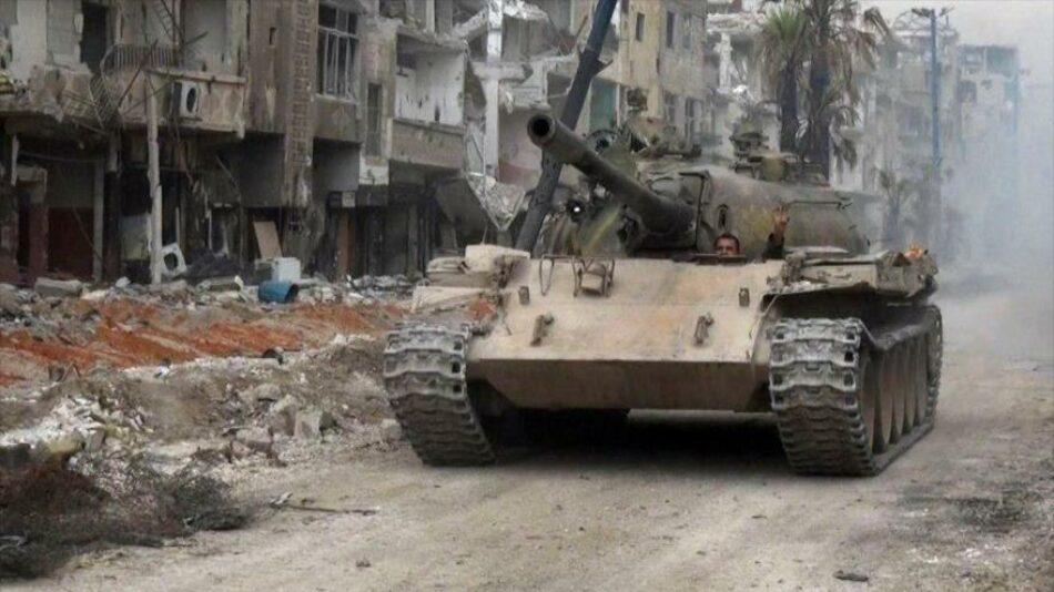 Fuerzas sirias asaltan por varios ejes a Daesh cerca de Damasco