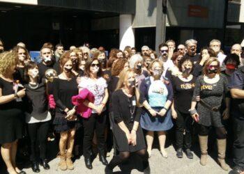 """El colectivo #MujeresRTVE inicia una campaña para informar a la ciudadanía de cómo se manipula en la corporación """"cada día y con dinero público"""": #AsíSeManipula en RTVE"""