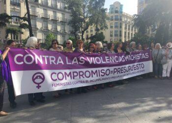 """PCE y UJCE muestran su apoyo a las movilizaciones del 16 de mayo por el incumplimiento presupuestario por parte del Estado """"contra las violencias machistas"""""""