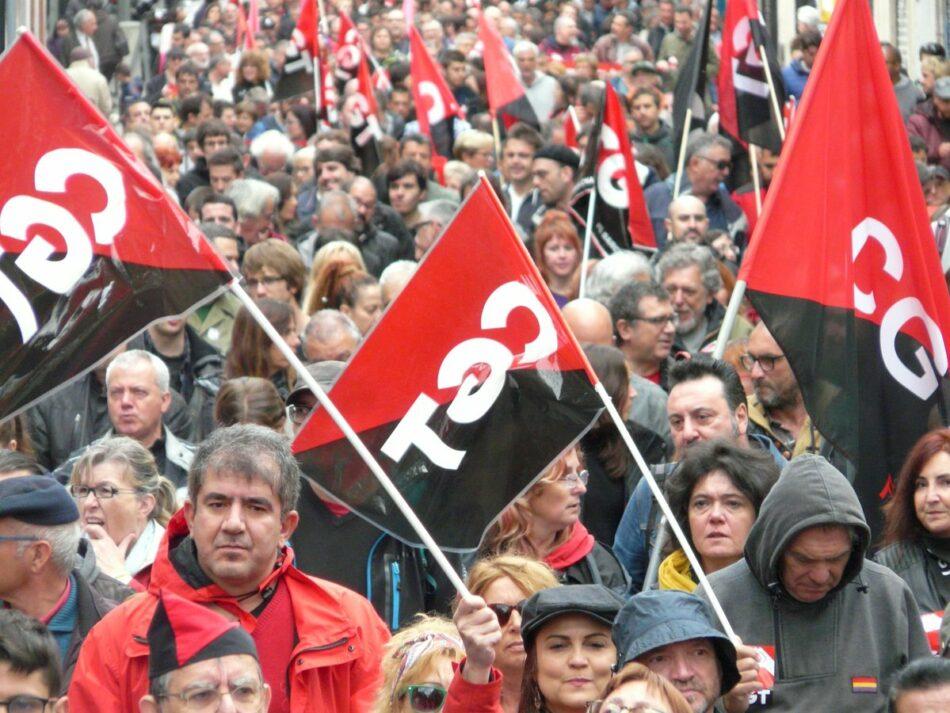 Miles de personas se manifiestan en las calles del Estado español el 1º de Mayo