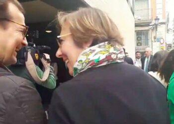 Arantxa Torres, editora de informativos de RTVE en Valencia, dimite tras censurar la frase «os jodéis» de Martínez de Castro
