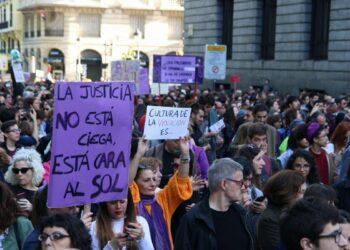 Alianza por la Solidaridad entregará más de 12.500 firmas al Ministro de Justicia Catalá contra la sentencia del caso de «La Manada»