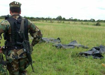 Ejército colombiano mató a 10.000 civiles para mejorar estadísticas en la guerra entre 2002 y 2010: The Guardian