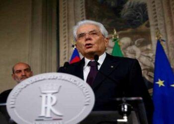 M5S pedirá cese del presidente italiano por alta traición