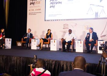 Federación Interacional de Periodistas (FIP): «no hay libertad con periodistas en la pobreza»