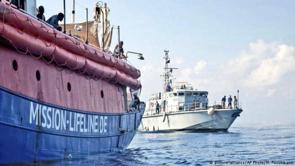 """Garzón reclama a Sánchez por carta que """"actúe"""" por la situación del barco 'Lifeline' y le insta a que """"lidere un debate en profundidad sobre las políticas de asilo, refugio y migración en Europa"""""""