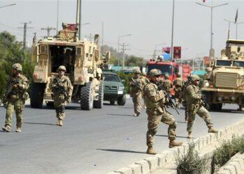 Militares sirios obligan a dar la vuelta a un convoy militar estadounidense que quería entrar en Siria