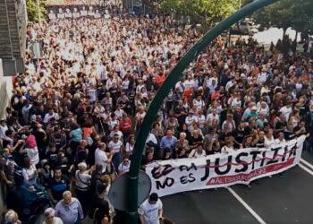 Decenas de miles de personas salen a las calles en Pamplona para protestar contra la sentencia de los jóvenes de Altasasu