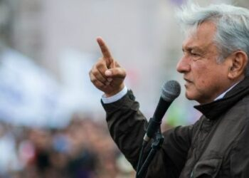 López Obrador lidera encuesta presidencial con 37% en México
