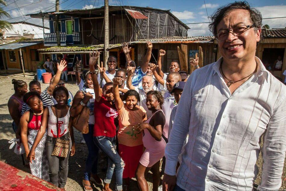 """IU muestra su """"total respaldo"""" a Petro en las presidenciales en Colombia ya que su triunfo supone """"fortalecer el proceso de paz y una efectiva lucha contra la pobreza"""""""