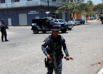 Asesinatos y amenazas, la violencia enturbia la campaña electoral en México