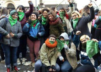Enorme y saludable victoria del feminismo argentino