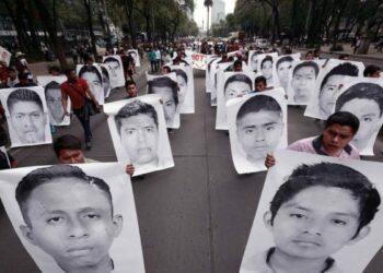 México. Ayotzinapa: denuncian que Procuraduría y gobierno federal intentan trabar creación de Comisión de la Verdad para investigar la masacre