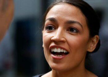 EE.UU: Alexandria Ocasio-Cortez, la joven socialista que acaba de derrotar a un peso pesado del Partido Demócrata de Nueva York