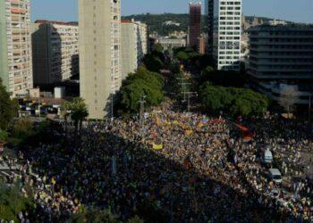 110.000 personas se manifiestan en Barcelona para exigir la libertad de los presos y 'exiliados'