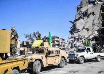 Las fuerzas kurdas acuerdan con el gobierno de Damasco la entrada del Ejército Sirio en Al-Raqa y Al-Hasaka
