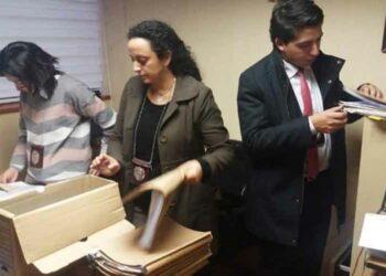 Obispados en sur de Chile requisados por la policía