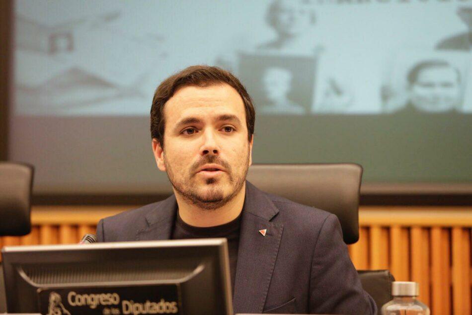 """Garzón se muestra """"cauteloso"""" ante algunas actuaciones del Gobierno de Sánchez y advierte de que """"tendrá enfrente a IU cuando haga continuismo del PP"""""""