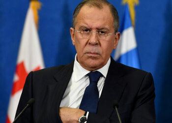 Lavrov denuncia intentos de EE.UU. de politizar venta del gas