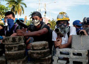 """Nicaragua. """"Somos solidarios con la protesta de los pueblos, pero condenamos las fuerzas reaccionarias que quieren que caiga el gobierno"""": Manuel Zelaya"""