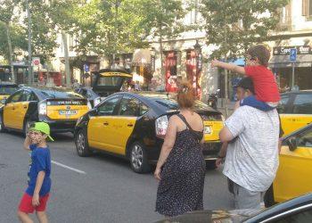 Catalunya en Comú Podem reclama que la Comissió Bilateral abordi el conflicte del taxi i acordi el suport a la regulació de l'AMB per als vehicles VTC