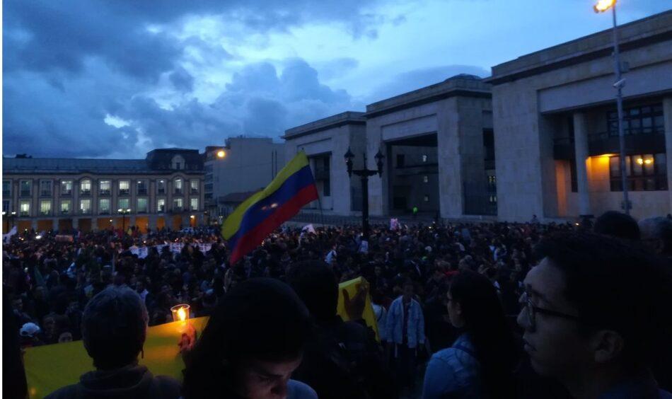 Manifestaciones masivas en toda Colombia contra la violencia política