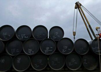 'China desafía sanciones de EEUU y seguirá comprando crudo iraní'