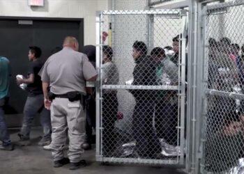 Un informe denuncia más de 36.000 abusos sexuales contra inmigrantes en fronteras de EEUU