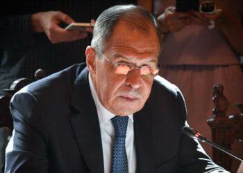 Lavrov a Bolton: Fuerzas no autorizadas deben abandonar Siria