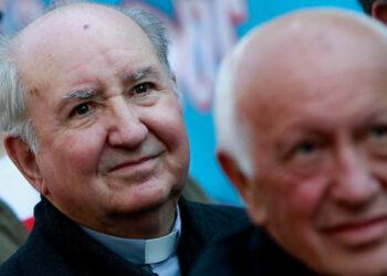 Chile. Presentan querella por encubrimiento de abusos sexuales contra líderes fascistas de la jerarquía católica, Ezzati y Errázuriz