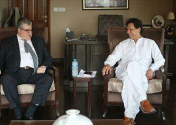 Informe: Paquistán se aleja de EEUU y se acerca a Rusia