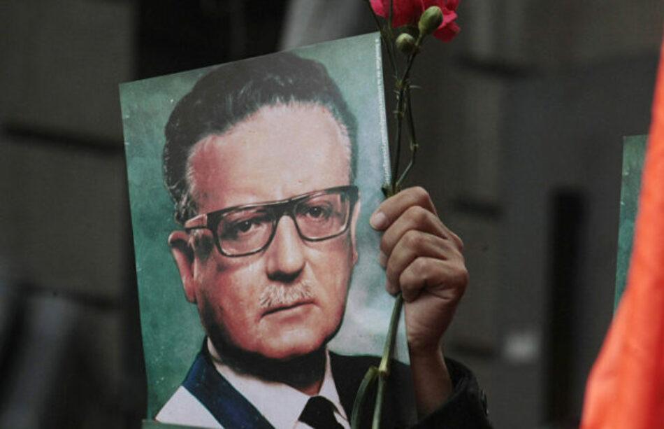 Chile. Fallece periodista Guillermo Ravest que transmitió último mensaje de Allende