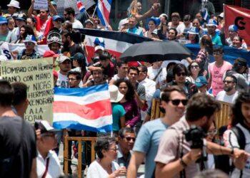 Manifestaciones multitudinarias en Costa Rica en contra de la xenofobia