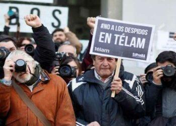Trabajadores de agencia argentina Télam siguen en lucha
