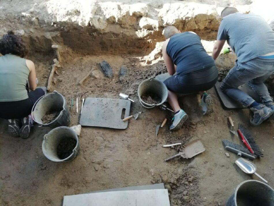 Aparecen los primeros restos en la exhumación de 4 víctimas de la Dictadura en Boadilla (Salamanca)
