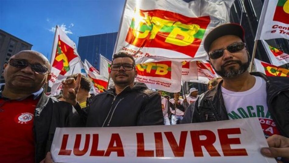 Los sindicatos brasileños salen a las calles contra las reformas económicas propuestas por Temer