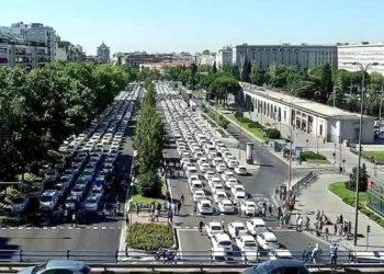 El Ayuntamiento de Madrid solicita que se cierre el compromiso de crear una licencia urbana para las VTC