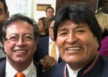 Evo Morales censura la injerencia militar que pide Uribe para Venezuela
