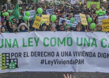 La PAH trasladará sus reivindicaciones en materia de vivienda al Ministro de Fomento, Jose Luis Ábalos