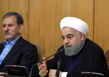 El restablecimiento de sanciones estadounidenses complica la salida diplomática en su conflicto con Irán