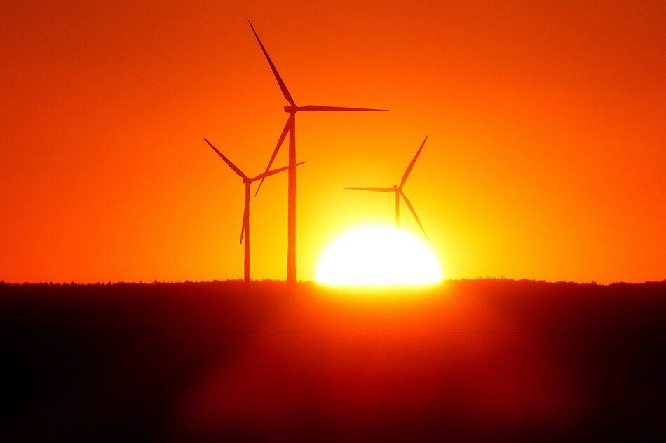 En Marea denuncia el «expolio del viento» favorecido por el PP tras la autorización ambiental al proyecto eólico Mouriños