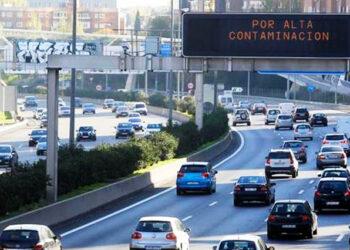 Greenpeace: «No se ha aprendido nada de la pandemia: se recupera el uso del coche pero no del transporte público»