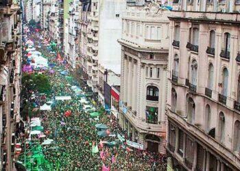 "Argentina #8A: La ""marea verde"" YA ganó en la calle"