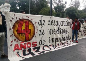 México, a cuatro años de Ayotzinapa. Masiva marcha en CDMX