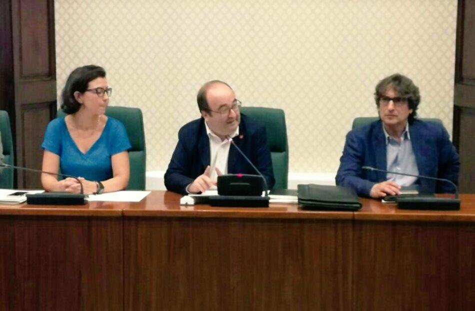 Miquel Iceta invita en La Cafetera a «relativizar la importancia» de las palabras de Torra, pronunciadas para «movilizar» en la Diada