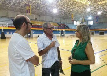 IU Sevilla critica el abandono y la falta de mantenimiento que sufre el Centro Deportivo Amate
