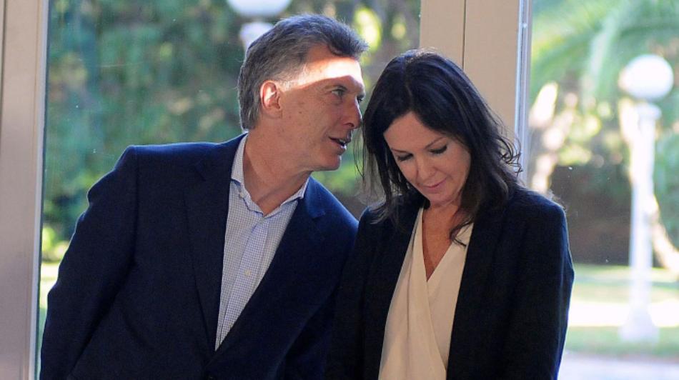 Macri baraja un drástico cambio de gabinete de gobierno sortear la crisis política