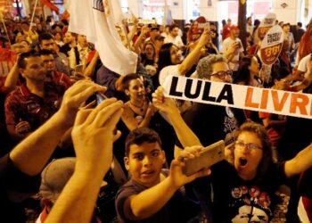 El Tribunal Supremo Electoral brasileño veta la candidatura presidencial de Lula